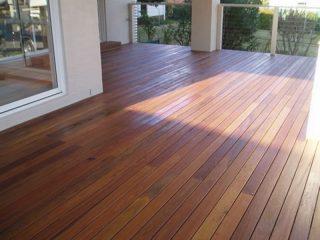 harga lantai kayu outdoor per meter
